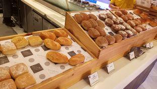 Foto 12 - Makanan(bread) di Collage - Hotel Pullman Central Park oleh maysfood journal.blogspot.com Maygreen