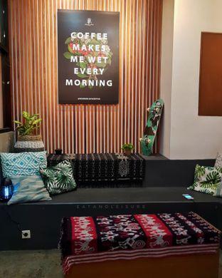 Foto 10 - Interior di Makmur Jaya Coffee Roaster oleh Eat and Leisure