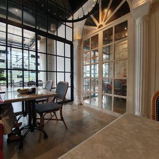 Foto 4 - Interior di Nosh Kitchen oleh Naomi Suryabudhi