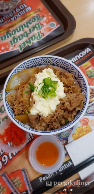Foto 2 - Makanan di Yoshinoya oleh @teddyzelig