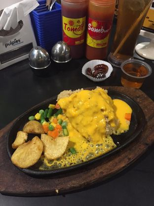 Foto 4 - Makanan di Waroeng Steak & Shake oleh yudistira ishak abrar