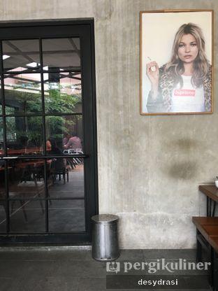Foto 5 - Interior di Ruckerpark Coffee & Culture oleh Desy Mustika