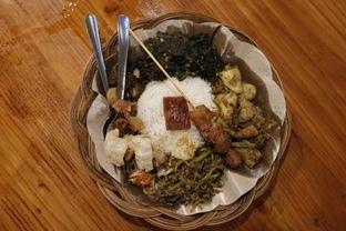 Foto 3 - Makanan di Warung Bali Bedugul oleh GetUp TV