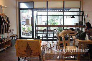 Foto 6 - Interior di Sunset Limited oleh AndaraNila