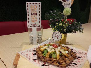 Foto 1 - Makanan(Chicken Teriyaki Waffle) di Eggo Waffle oleh @stelmaris