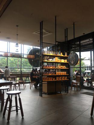 Foto 10 - Interior di J.CO Donuts & Coffee oleh RI 347   Rihana & Ismail