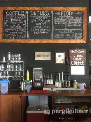 Foto 1 - Interior di Identic Coffee oleh Icong