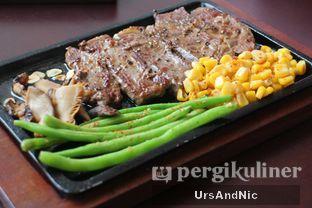 Foto 5 - Makanan di Akasaka Japanese Steak & Ice Cream oleh UrsAndNic