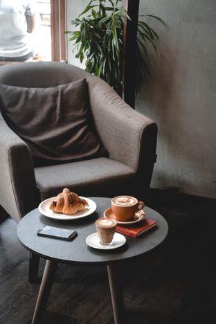 Foto review Lotu Coffee & Gelato oleh Desanggi  Ritzky Aditya 1