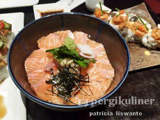 Foto - Makanan(Salmon Don) di Sumiya oleh Patsyy