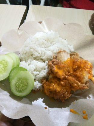 Foto 1 - Makanan di Ayam Geprek Pangeran oleh Henie Herliani