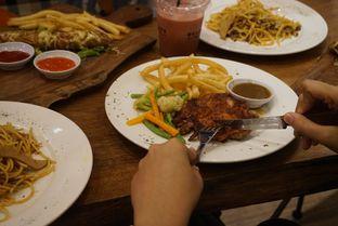 Foto 7 - Makanan di Bulaf Cafe oleh yudistira ishak abrar