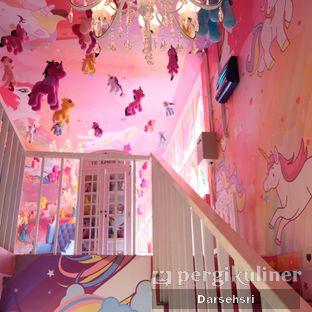 Foto 8 - Interior di Miss Unicorn oleh Darsehsri Handayani