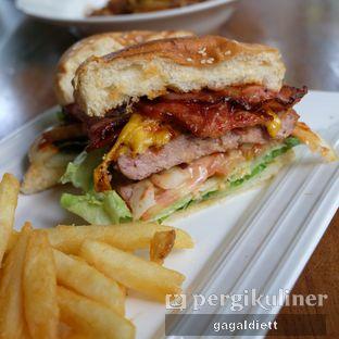 Foto 2 - Makanan di The Meat Company Carnivor oleh GAGALDIETT