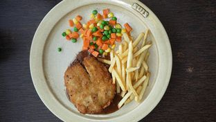 Foto 6 - Makanan(Chicken Maryland (IDR 49,100 - Nett)) di Suis Butcher oleh Rinni Kania