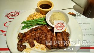 Foto - Makanan di Holycow! STEAKHOUSE by Chef Afit oleh Zelda Lupsita