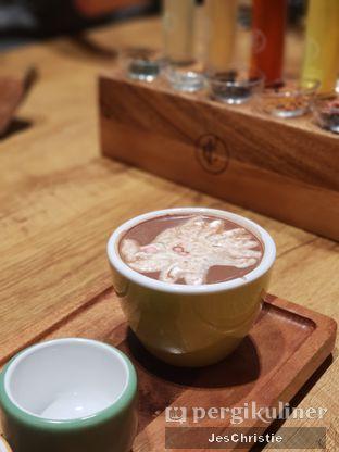 Foto 3 - Makanan(Blooming Hot Chocolate) di Lewis & Carroll Tea oleh JC Wen