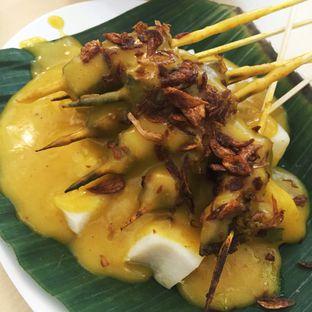 Foto - Makanan(Sate Padang Lontong) di Sate Mak Syukur oleh Magdalena Fridawati