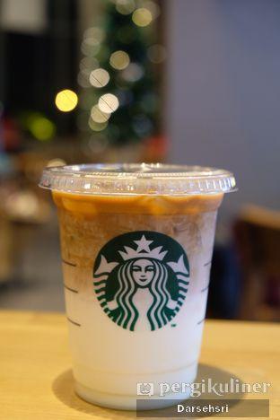 Foto 1 - Makanan di Starbucks Coffee oleh Darsehsri Handayani