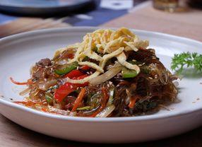 5 Makanan Khas Imlek di Korea Selatan yang Harus Kamu Tahu