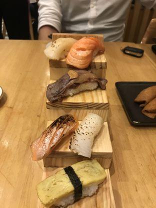 Foto 1 - Makanan di Sushi Hiro oleh @fridoo_