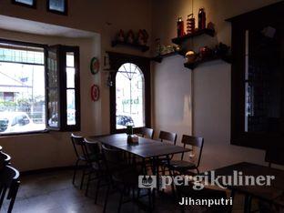 Foto 8 - Interior di Warung Dulukala oleh Jihan Rahayu Putri