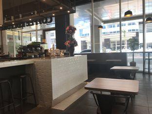 Foto 3 - Interior di Coffee Kulture oleh Oswin Liandow