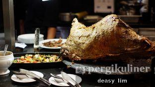 Foto 8 - Makanan di OPEN Restaurant - Double Tree by Hilton Hotel Jakarta oleh Deasy Lim