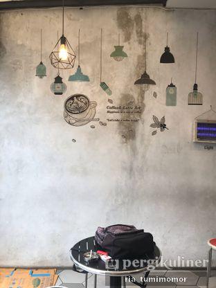 Foto 3 - Interior di Kopi Wahid oleh riamrt