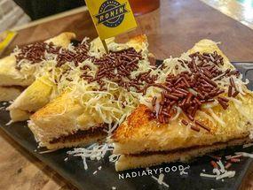 Foto Roti Bakar Ronin