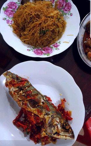 Foto 2 - Makanan di Nasi Uduk Ibu Jum oleh heiyika