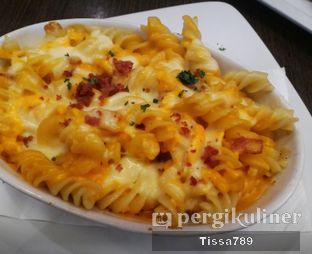 Foto 2 - Makanan di Pizza Hut oleh Tissa Kemala