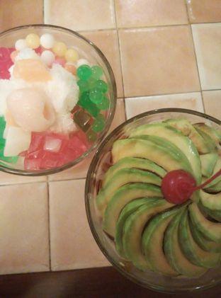 Foto 2 - Makanan di Bon Ami Restaurant & Bakery oleh lady natali