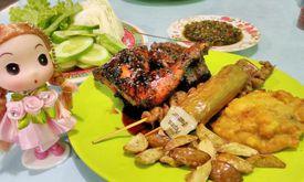 Ayam Goreng & Ayam Bakar Sie Jeletot