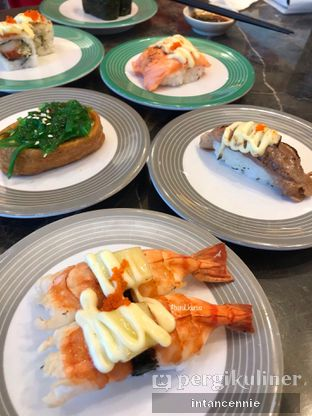 Foto 5 - Makanan di Sushi Go! oleh bataLKurus
