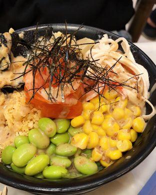 Foto 5 - Makanan(Build your own poke bowl) di Kintaro Sushi oleh Claudia @claudisfoodjournal