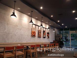 Foto 1 - Interior di Wingstop oleh EATIMOLOGY Rafika & Alfin
