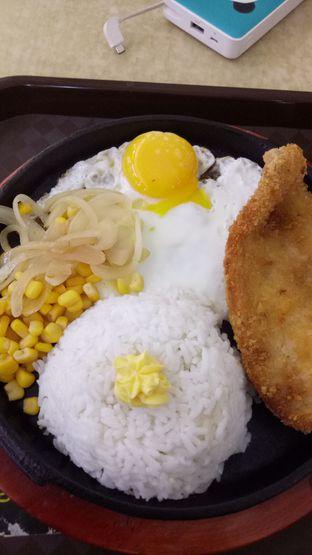 Foto 1 - Makanan di CesCes Hot Plate oleh Ramadani