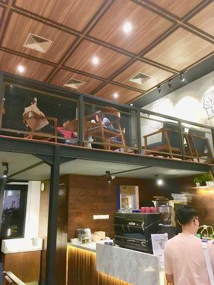 Foto 7 - Interior di Blue Lane Coffee oleh Prido ZH