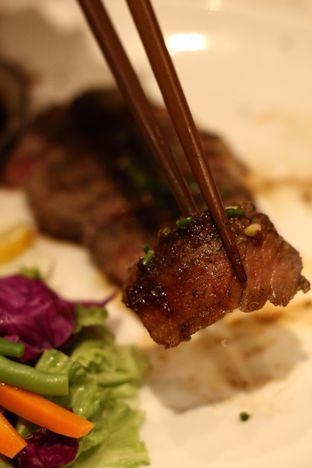 Foto 8 - Makanan di Kura Sushi oleh thehandsofcuisine