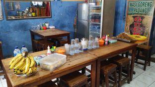 Foto 4 - Interior di Nasi Goreng Padang Guchy Paresto oleh Review Dika & Opik (@go2dika)