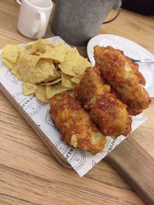 Foto 3 - Makanan(Chicken Wings) di Blacklisted oleh Qorry Ayuni