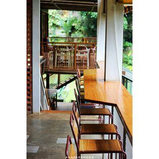 Foto 8 - Interior di Cascara Coffee oleh Ana Farkhana