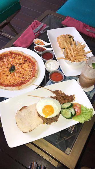 Foto Makanan di La Vue - The Hermitage