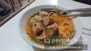 Foto 1 - Makanan di Bakso Titoti oleh Jakartarandomeats