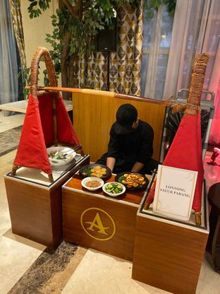 Foto review Pelangi Cafe - Ambhara Hotel oleh Yohanacandra (@kulinerkapandiet) 10