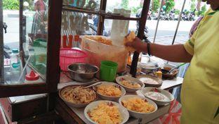 Foto 3 - Makanan di Bubur Ayam Parkiran oleh Review Dika & Opik (@go2dika)