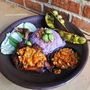 Foto 1 - Makanan di Mamadar Ayam Kaser oleh ngunyah berdua