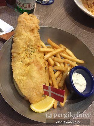 Foto 2 - Makanan(Danish Fish&Chips) di Fish & Co. oleh Rachel Intan Tobing