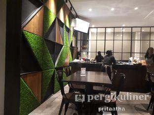 Foto 3 - Interior di D' Oeleg Indonesian Resto & Cafe oleh Prita Hayuning Dias